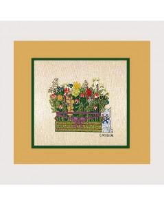 Bouquet. Counted cross stitch kit on even-weave linen. Le Bonheur des Dames 1165