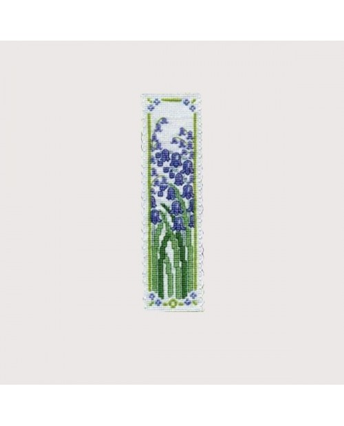 Marque-page Clochettes. Kit broderie point de croix, point compté. Textile Heritage