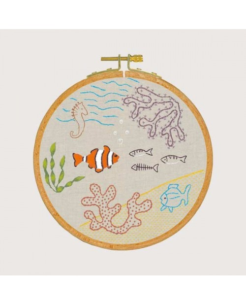 Traditional embroidery kit, with printed motive, embroidery lesson - sea ambience. Le Bonheur des Dames 1543