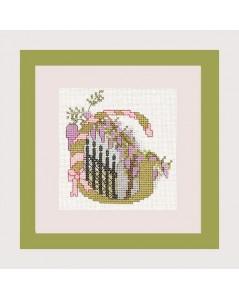 Letter flower - G