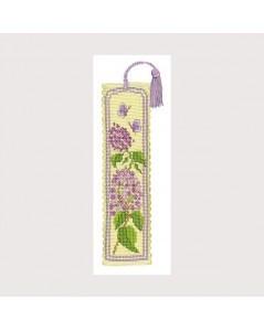 Bookmark kit lilac time