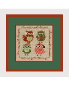 Quatre chouettes en tenue de Noël. Miniature à broder au point de croix, point compté. Chouettes Noël. Le Bonheur des Dames 2270
