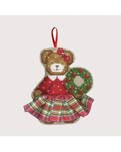 Bear in a tartan skirt. Counted cross stitch embroidery kit, Christmas suspension to stitch. Item n° 2631. Le Bonheur des Dames