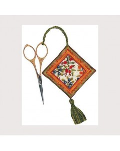 Berries. autumn. Scissor holder to embroider by cross stitch. Le Bonheur des Dames 3350.