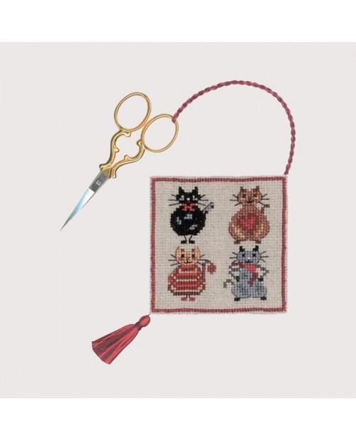 Scissor-case Cats