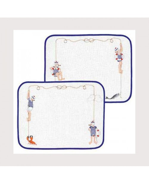 2 sets of table mats