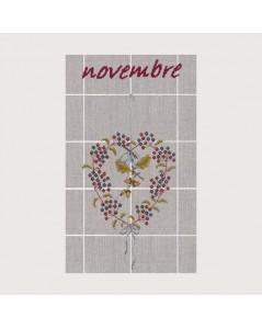 Torchon Novembre TL11. Kit broderie point de croix. Motif: baies et glands. Le Bonheur des Dames