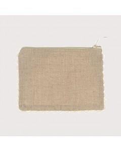 Pochette made of linen Aida 7 pts/cm with rickrack edge. Le Bonheur des Dames TPM
