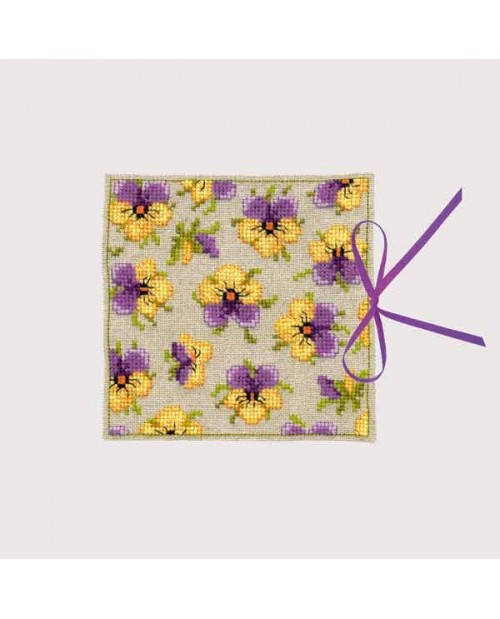 Needle case Pansies
