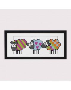 Kit point de croix. Moutons avec les rayures, cœurs, carreaux. Permin of Copenhagen.