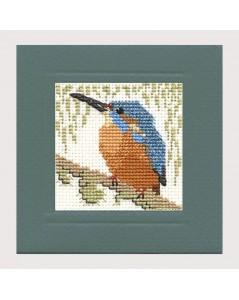 Alcyon. Oiseau à broder au point de croix. Carte de vœux. Textile Heritage Collection 342952