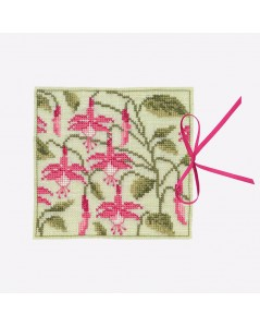 Needle case Fuchsia. Counted cross stitch kit. Le Bonheur des Dames. Item n° 3472