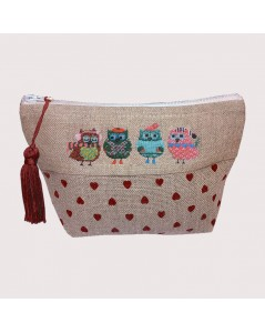 Pochette to embroider. Christmas Owls. Petit point. Designed by Cécile Vessière for  Le Bonheur des Dames