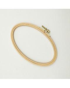 Wooden embroidery hoop oval 11.3 x 19 cm. Le Bonheur des Dames EHO8