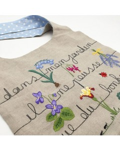 Kit broderie sac en lin avec motif fleurs, écriture dans mon jardin il ne pousse que du bonheur. Le Bonheur des Dames 2911