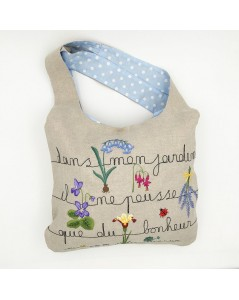 Traditional embroidery kit linen handbag. Motive: flowers, writing: in my garden grows only happiness. Le Bonheur des Dames 2911