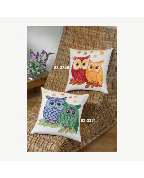 Owls red and yellow, to stitch by counted cross stitch. Emrboidery kti by Permin of Copenhagen. 833349