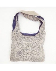 Natural linen handbag to stitch and to sew. Sashiko style embroidery. Blue white-polka-dot lining