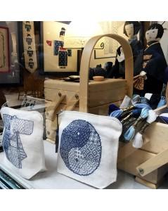 Le Bonheur des dames shop-window. Pochette Yin and Yang. 9031