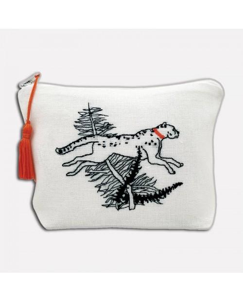 White linen pochette to stitch by petit point. Motive: cheetah and a branch of palm tree. 9033. Le Bonheur des Dames