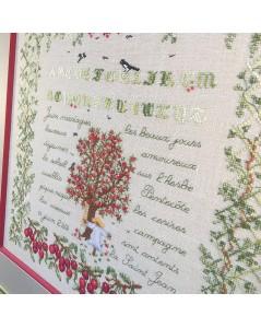 Tableau brodé. Motif: cerisier et abécédaire, petites cerises. Juin. Le Bonheur des Dames 1294