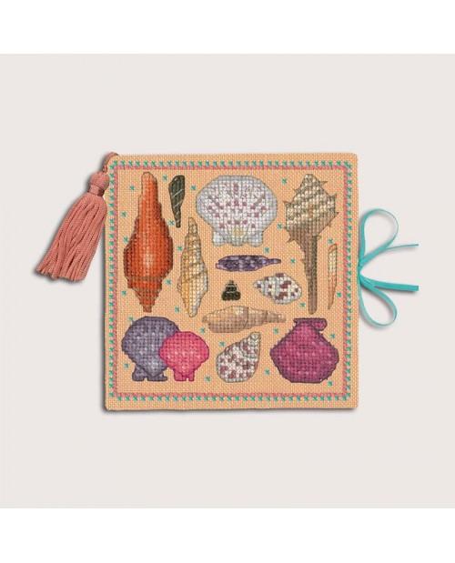 Needle case - book with felt pages. Salmon linen cover to stitch.  Motive - sea shells. Le Bonheur des Dames 3475