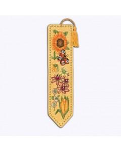 Marque-page à broder au point de croix sur lin couleur jaune. Motif: fleurs jaunes, bordeaux, oranges 4588